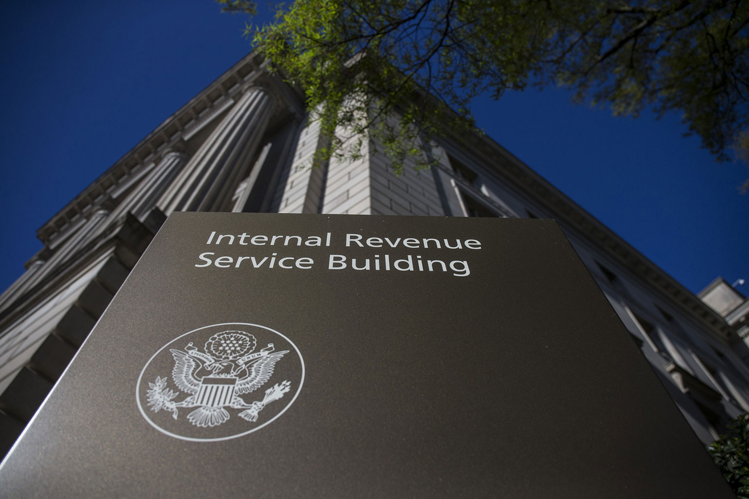IRS sets out how employers can get coronavirus-related credits